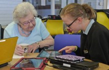 saltash.net Digital Champions run 'Tech Coffee Morning'